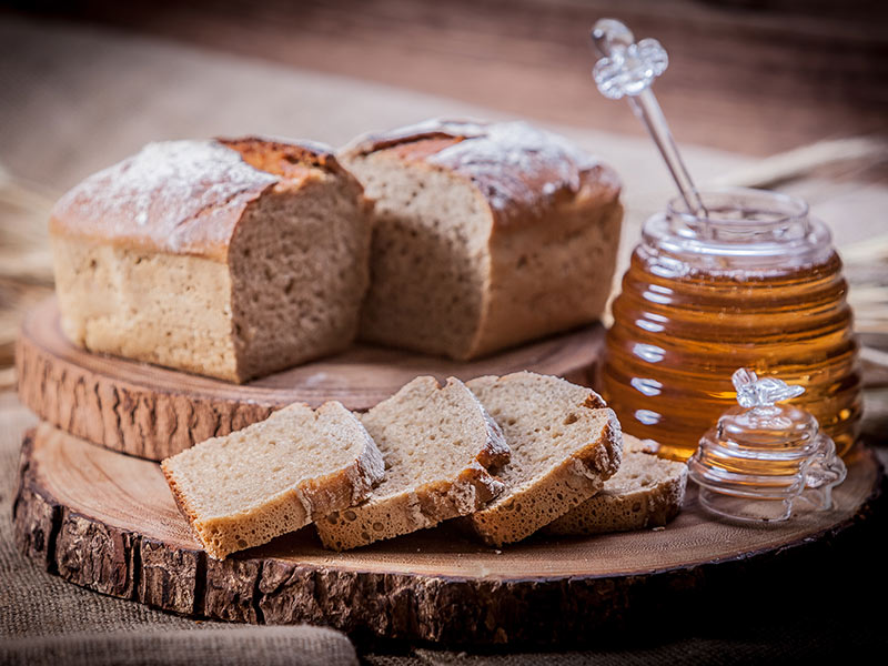 Gradz_www_p_No19-Yeast-Free-100�-Rye-with-Honey-Sourdough-Bread-500g_4