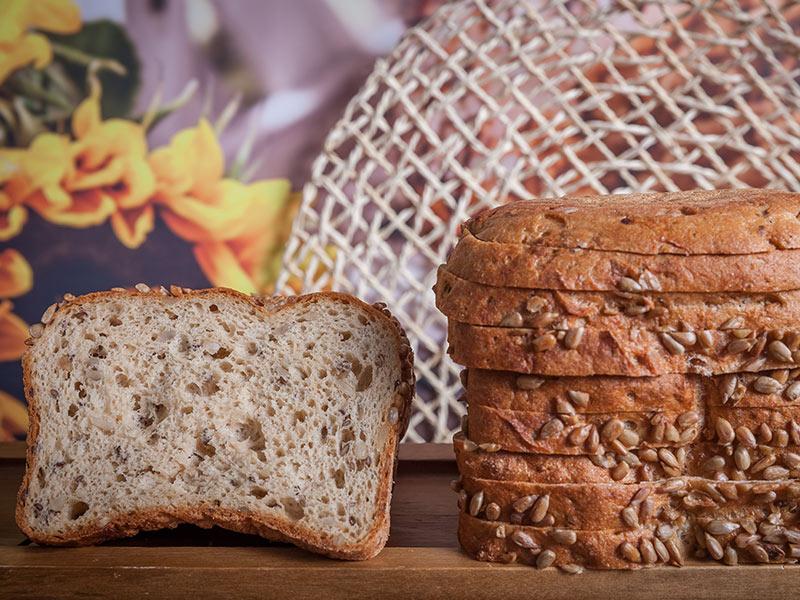Gradz_www_p_No24-Gluten-Free-Dark-Bread-with-Sunflower-Seeds-400g_3